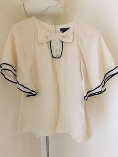 🚚 Gorgeous Moda international blouse