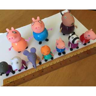 peppa pig and table and chairs