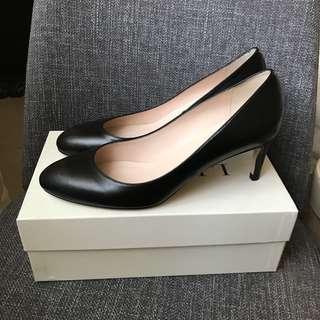 LK Bennett black heels, New, size 41