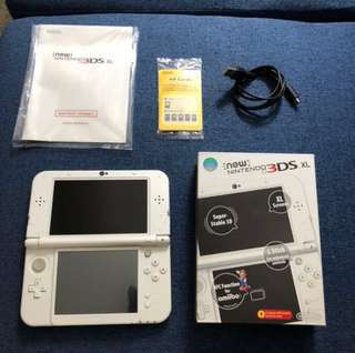 New Nintendo 3DS XL with 3 free games