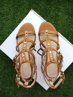 Aldo Jaxona low heels