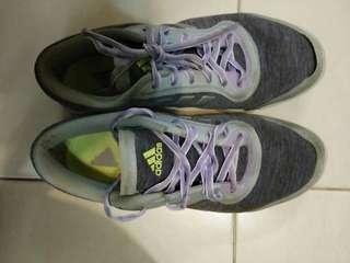 adidas original sport shoes