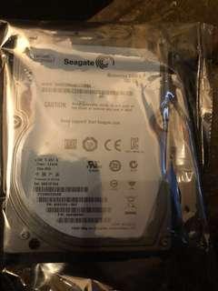 全新未開封Seagate2.5吋 500G hdd 私保7天 不議價