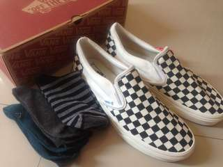 Vans slip on checkerboard og (size 44) FREE 3 KAOS KAKI