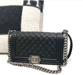Chanel Old Medium Boy Caviar