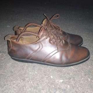 Sepatu BRODO original leather size 41 kondisi 90%