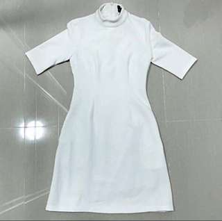 Doublewoot White Dress (PL)