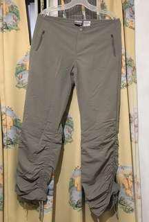 Columbia 女裝行山褲 6碼 32寸腰 卡其色 腰同褲腳有縮繩 褲長100cm