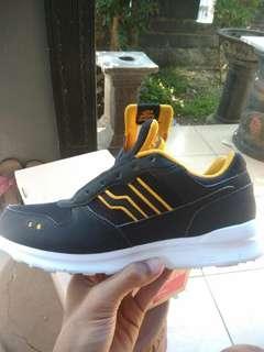 Sepatu Piero Like New
