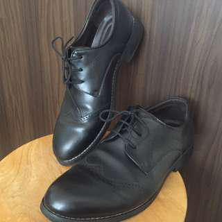 Leather Shoes (good condition)