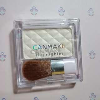 Canmake Highlighter Powder
