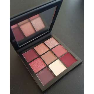 Huda Beauty MAUVE Obsessions Eyeshadow Palette New & Authentic (PRICE IS FIRM, NO SWAPS)