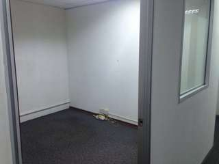 100sqf office unit for Rental