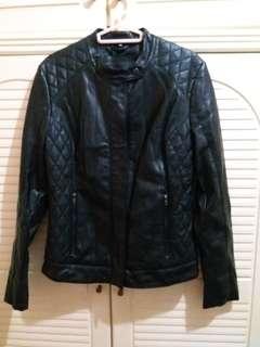 全新 女裝黑色皮褸 38碼 衫長24寸,胸闊17.5寸
