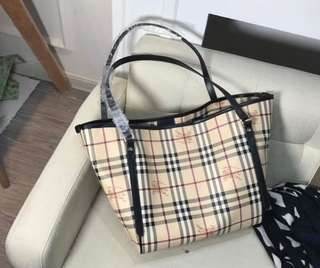 Burberry Tote Bag (Premium 1:1)