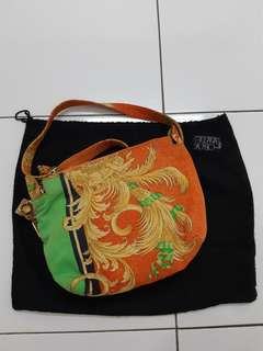 Gianni versace sling bag