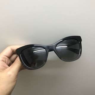 100 % New 全新 chanel sunglasses 太陽眼鏡 連眼鏡盒 眼鏡布