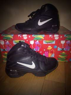 NIKE AIR VISI PRO 3 Womens size 6
