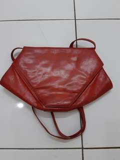 Charles jourdan red sling bag