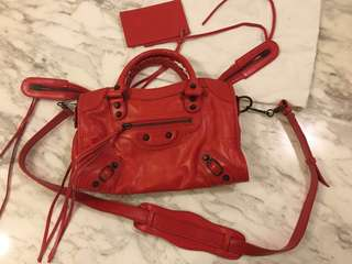Red Classic City Genuine Leather Satchel