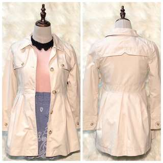 BNWT Gap Girls Beige Belted Trench Coat