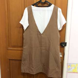 Brown dress with inner