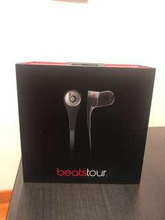 Beats Tour 2.0 Titanium