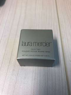 Brand New Authentic Laura Mercier face tint in Apricot