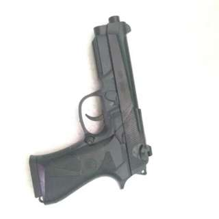 AIRSOFTGUN MAINAN MP900