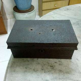 Metal Cashbox Vintage 6