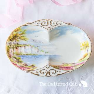 Lovely vintage Paragon small dish, two-section dish, perfect for serving jam and cream!