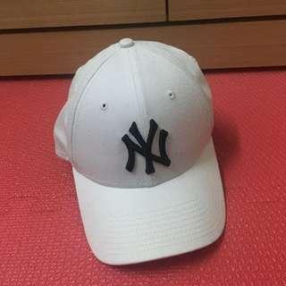 New Era NY 9 Forty Cap 洋基帽 白底黑字