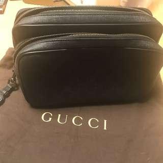 Gucci 男士牛皮手提包 連塵袋