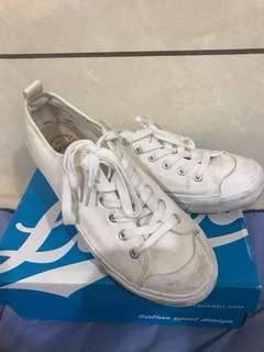 🚚 Net 白鞋
