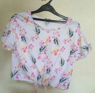 bershka flower tshirt