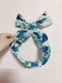 🚚 綠藍白玫瑰碎花蝴蝶結髮💙
