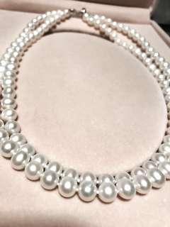 淡水珍珠頸鏈,99.9% new,購自珠寶展。多種配襯方法👏🏻👏🏻附有八字扣,可獨立配戴或兩條同時配戴或使用扣🤙🏻