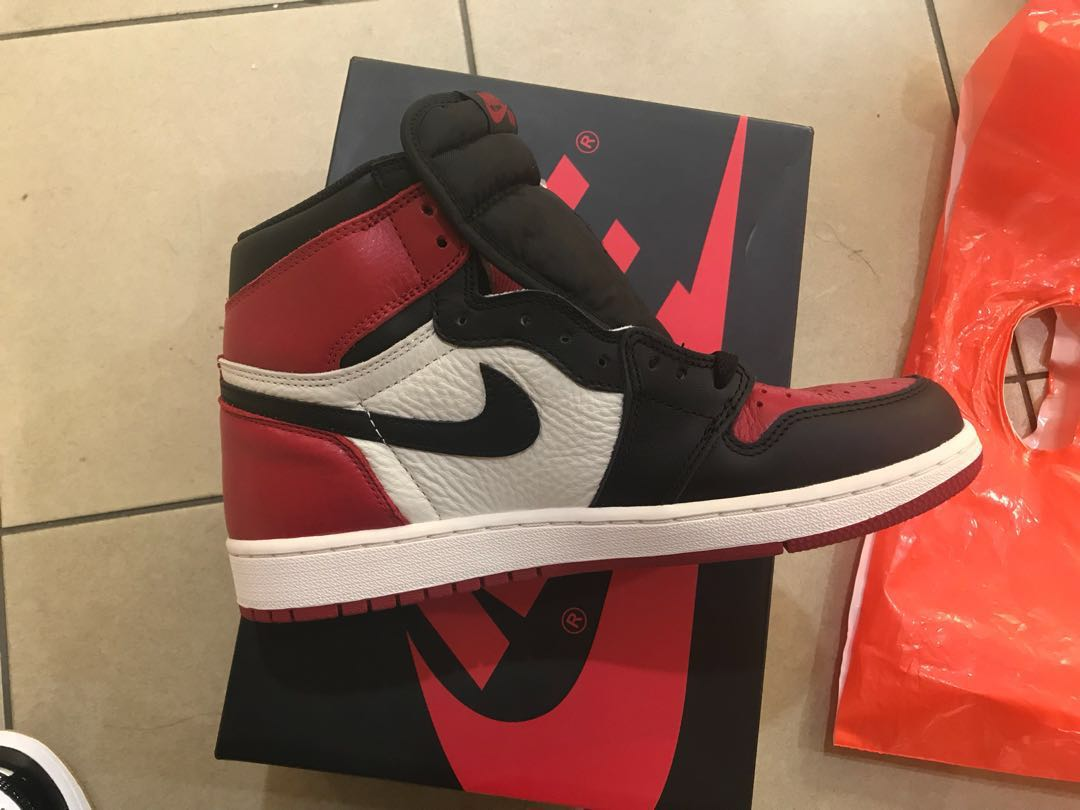 433ab4eb0c9 Air Jordan 1 bred toe, Men's Fashion, Footwear, Sneakers on Carousell