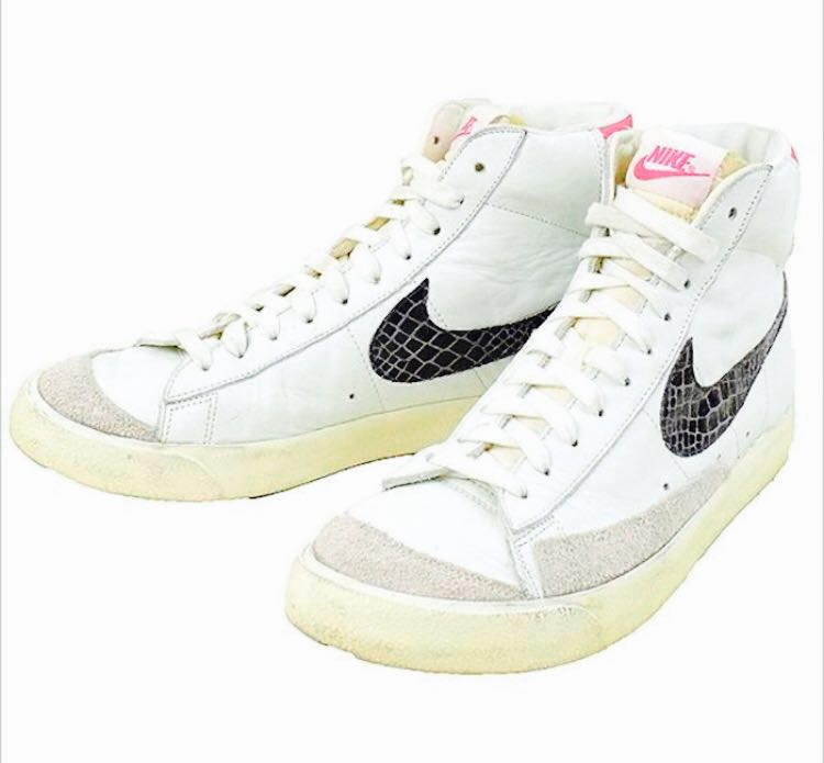 sale retailer bf8da a8f4b Nike Blazer Mid 77  Premium Vintage Sail   Pink Force US 9.5   UK 8.5,  Men s Fashion, Footwear, Sneakers on Carousell