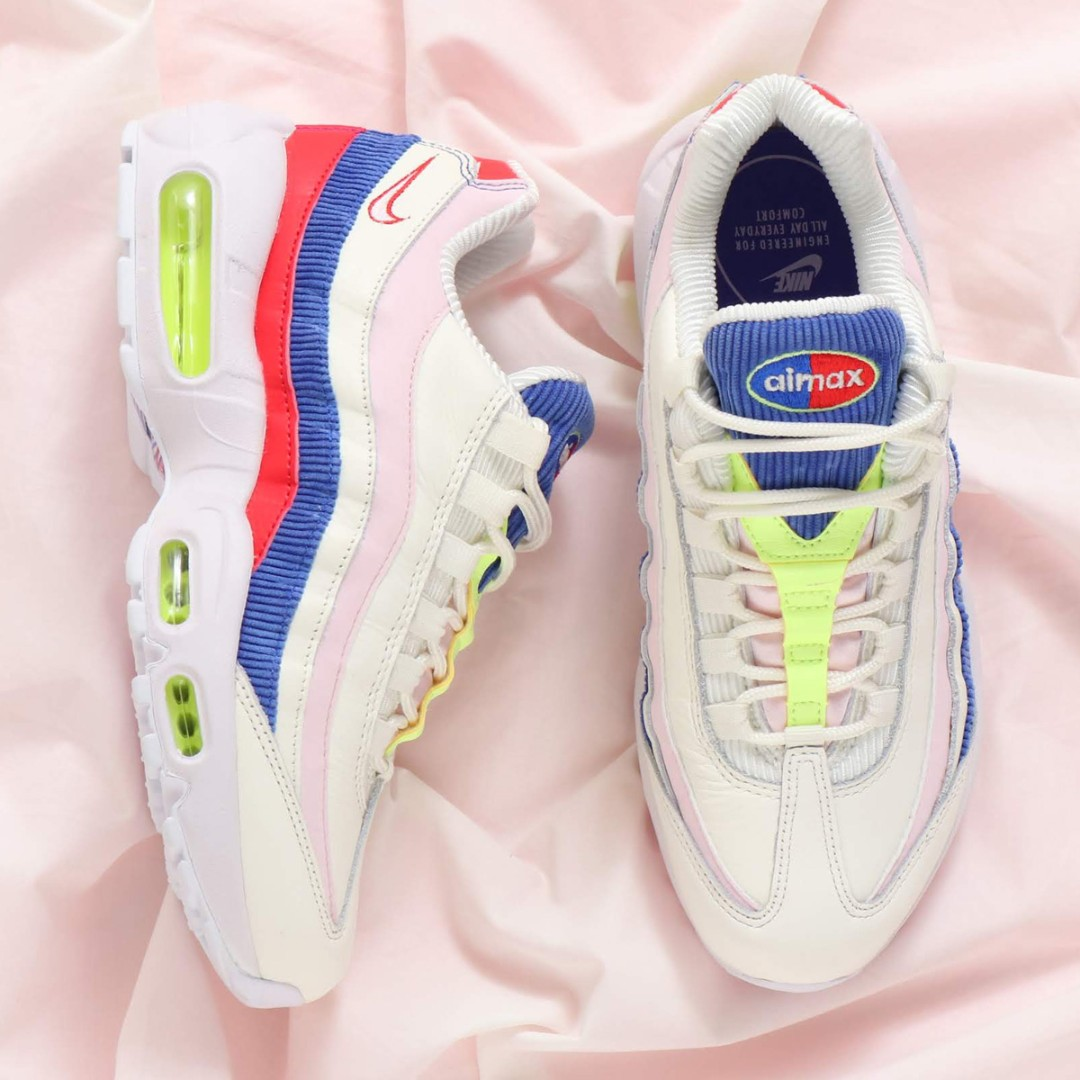 low priced c88ae e6078 PO) Nike Womens Air Max 95 SE Panache Corduroy, Womens Fashi