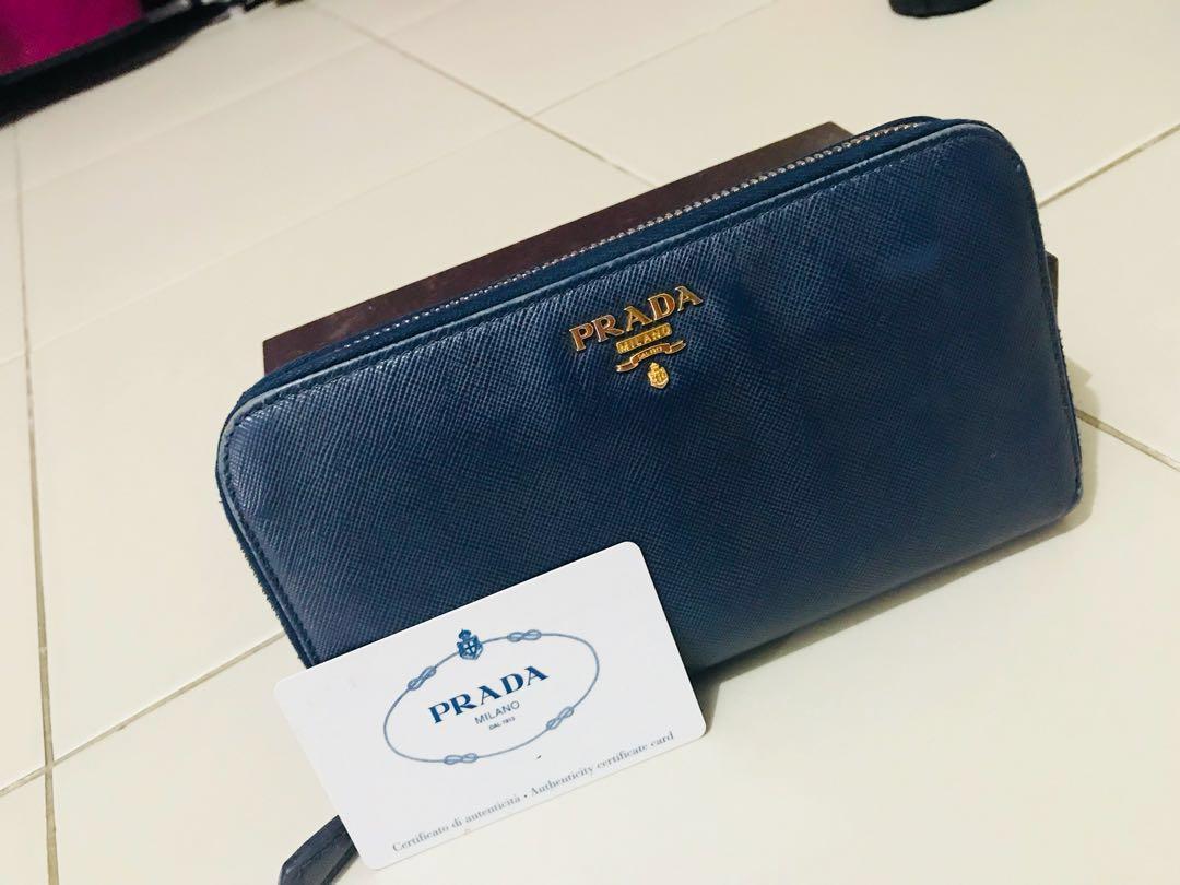 28c8e1e82ce98d Prada Saffiano Navy Blue, Luxury, Bags & Wallets, Handbags on Carousell