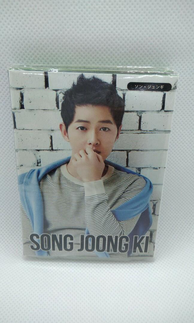 Song Joong Ki 송중기 Post-it note album