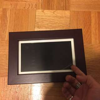 NEW Digital Photo Frame