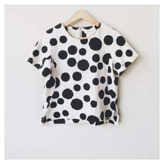 Polka dots textured blouse