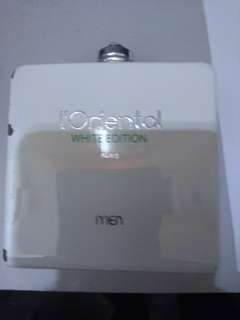 l'oriental white edition,use only few time,the spray button is broke,can use for men and female,bought price 489