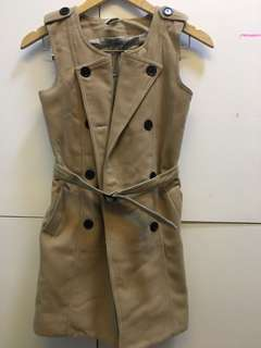 Burberry long vest