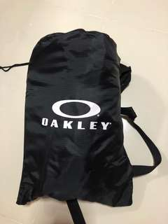 BN authentic Oakley inflatable lounge