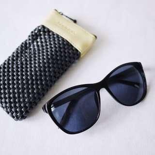 🚚 法國品牌BOURJOIS妙巴黎黑色防曬太陽眼鏡UV400附眼鏡袋