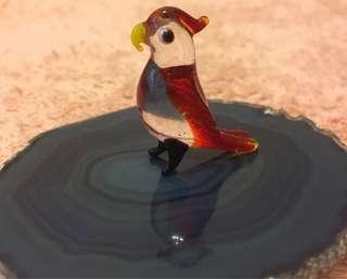 玻璃小鸚鵡