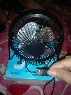 USB mini electric fan